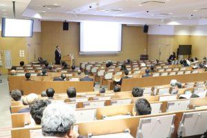 講演会では様々な研究活動に高い関心が寄せられました
